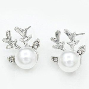 3/$20 New Silver Pearl Rhinestone Deer Earrings